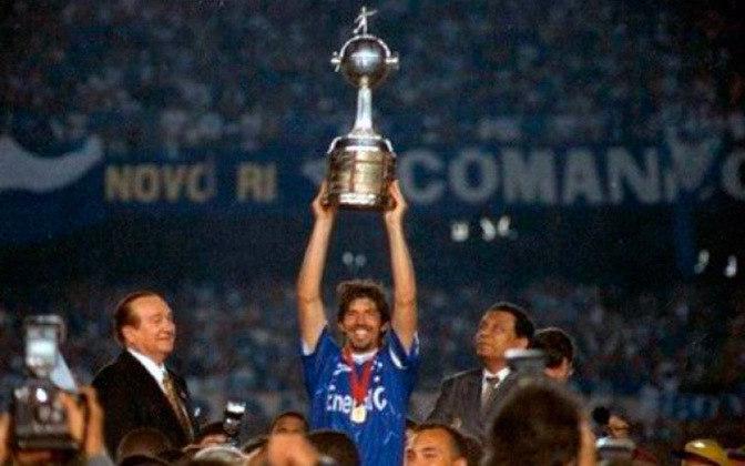 Cruzeiro: 34 vitórias- O Cruzeiro conquistou duas vezes a Libertadores, em 1976 e 1997