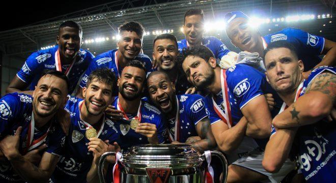 Cruzeiro conquistou título contra Atlético-MG com 2 a 1 e 1 a 1 nas finais
