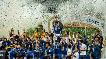__Corinthians e Cruzeiro: veja as imagens da final da Copa do Brasil__ (Reprodução)