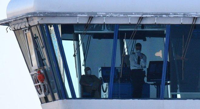 Os passageiros e funcionários do cruzeiro Diamond Princess tiveram que permanecer em quarentena após descobrirem casos de coronavírus a bordo