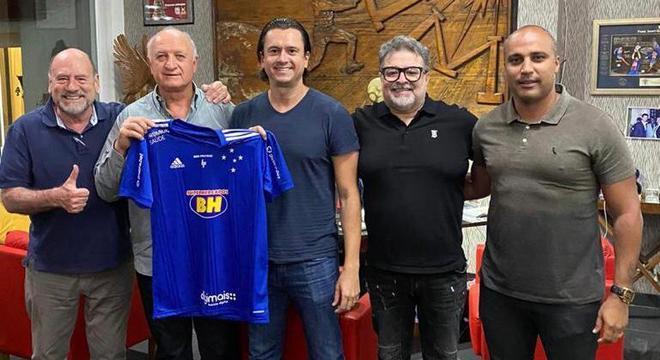 Felipão acertou contrato com diretoria do Cruzeiro até dezembro de 2022