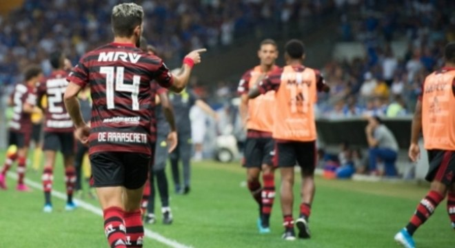 Flamengo venceu o Cruzeiro no Mineirão