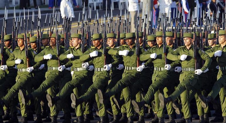 Governo cubano fará exercícios militares nos mesmos dias em que protestos foram convocados