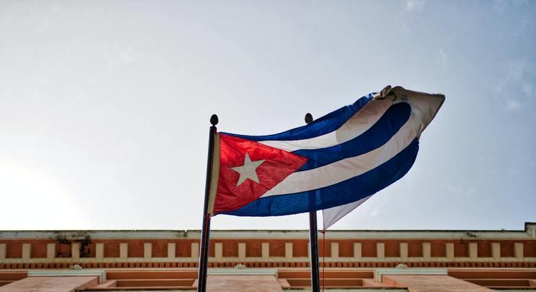 """Cidadãos cubanos chamam novas normas de cibersegurança de """"lei da mordaça"""""""