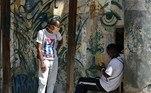 Embora o governo tenha cancelado a reabertura das atividades comerciais em Havana e limitado o tráfego entre o oeste e o resto da ilha, os pacientes logo começaram a aparecer no centro e depois no leste, que estavam livres do vírus há meses