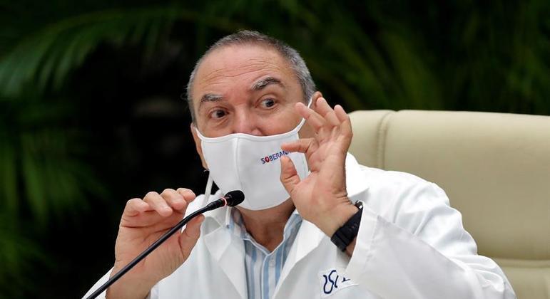 Diretor do instituto Finlay, Vicente Verez explicou a próxima fase de testes da Soberana