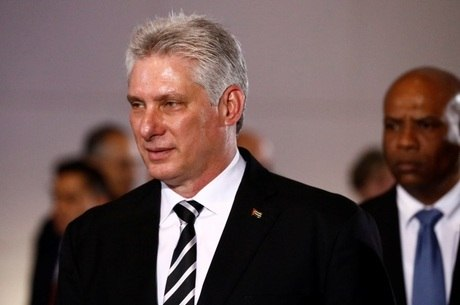 Miguel Díaz-Canel pode ser ratificado líder do país