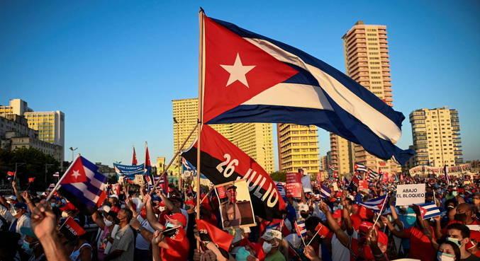 Presidente cubano denuncia mentiras sobre protestos