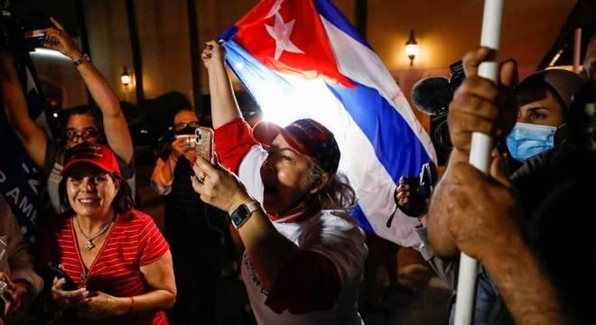 Cubanos apoiadores de Donald Trump em Miami, na Flórida