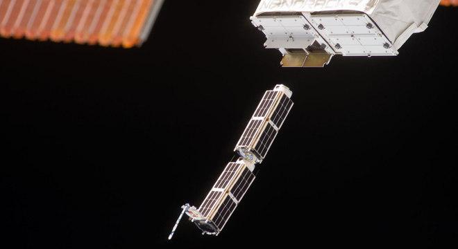 Uma série de CubeSats foi lançada ao espaço a partir da Estação Espacial Internacional