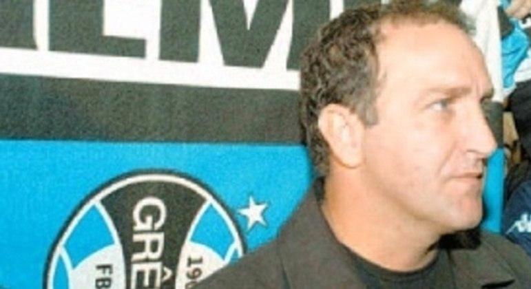 Cuca teve passagem fulminante e decepcionante no Grêmio, em 2004