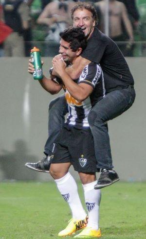 Cuca comemora  com Guilherme