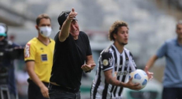 Cuca sentiu seu time desgastados pelo excesso de jogos e viagens em sequência neste início de temporada