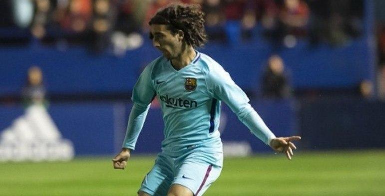 Cucurella - Um jogo pelo Barcelona, sem gols e sem assistências.