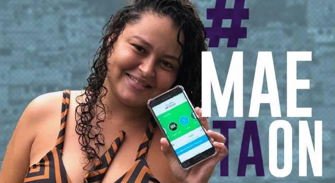 500 mil mães recebem chips para ter conexão à internet pelo celular