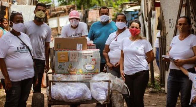 CUFA ajuda moradores de comunidades carentes