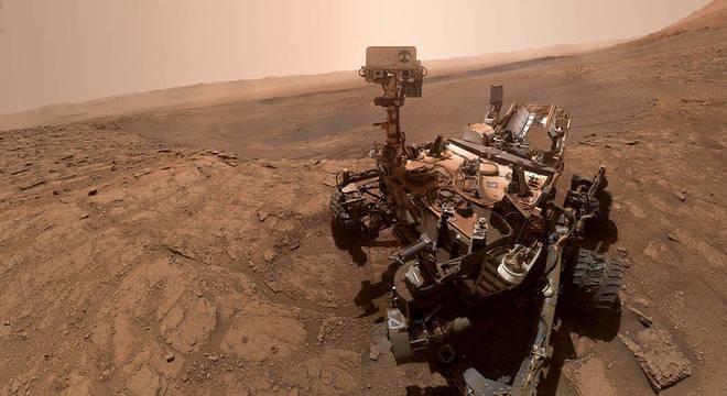 Curiosity realizou uma selfie em Marte a partir da junção de 57 fotos individuais