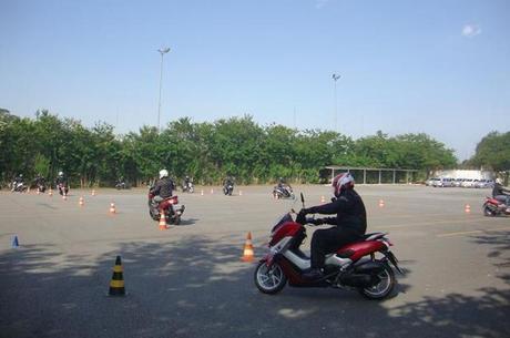 Exercícios para aprimorar o controle no trânsito urbano