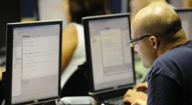 Curso oferece capacitação de profissionais para trabalhar com segurança cibernética