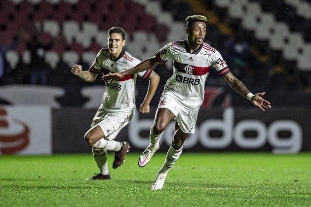 Da Série A do Campeonato Brasileiro, há apenas um jogo hoje (13): o Flamengo recebe o Goiás, às 18h, em partida da 11ª rodada. A transmissão será do Premiere.