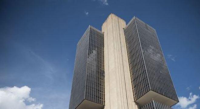 Dados foram divulgados nesta segunda-feira (27) pelo Banco Central