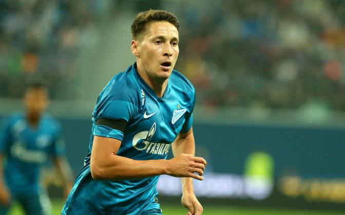 Daler Kuzyaev (meia/27 anos) – O meia russo que passou as últimas três temporadas no Zenit e está avaliado em 8 milhões de euros (por volta e 50 milhões de reais), está sem clube desde o início de agosto deste ano.