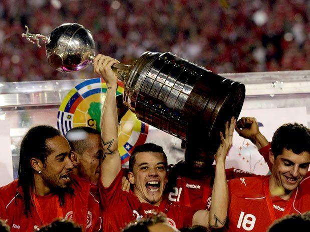 D'Alessandro foi um grande vencedor com a camisa colorada. Líder nato