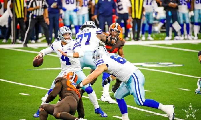 Dallas Cowboys até produz no ataque, mas a defesa é uma das piores de toda a NFL nestas quatro primeiras rodadas.