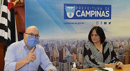 Na imagem, Dário Saadi e Damares Alves