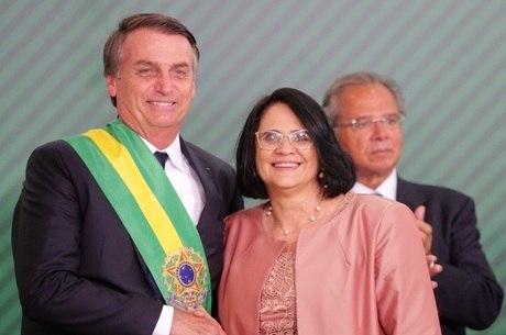 Damares Alves é ministra da  Mulher, Família e Direitos Humanos