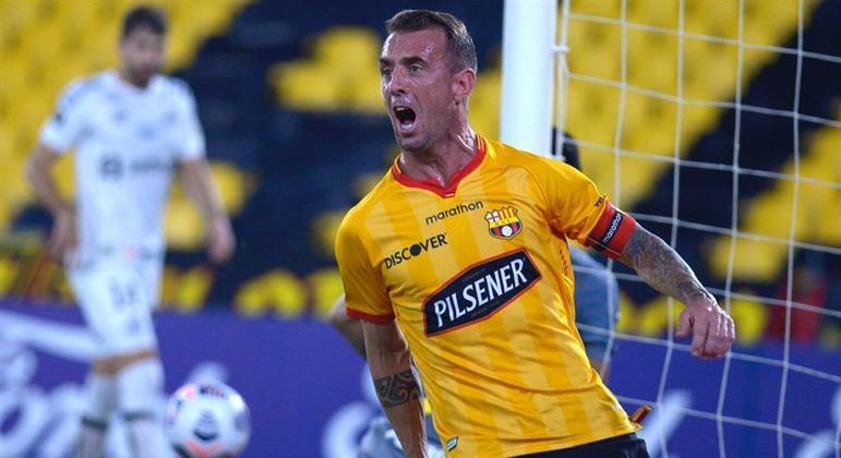 Damián Díaz fez dois gols e conduziu a vitória do Barcelona sobre o Santos