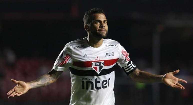 Daniel Alves. Fez o São Paulo gastar R$ 29 milhões com jogadores para 'sua' posição
