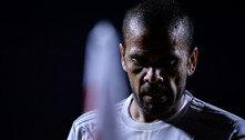 'Brasil é um cemitério de jogadores e treinadores', diz Daniel Alves