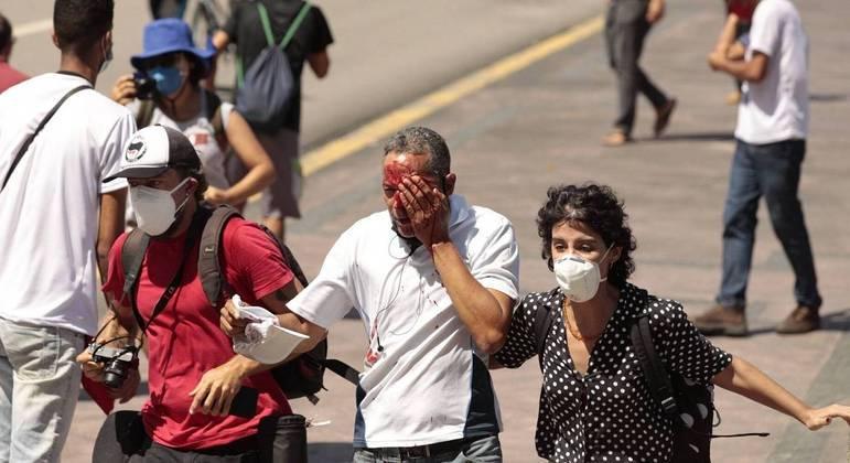 Daniel Campelo da Silva, de 51 anos, perdeu a visão ao ser atingido por bala de borracha em protesto