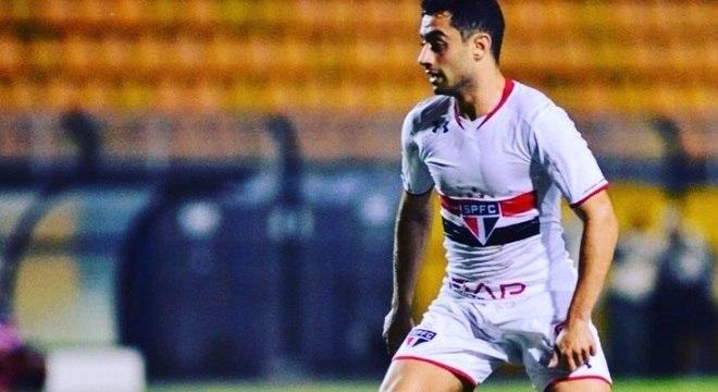 Daniel era jogador do São Paulo. Estava emprestado ao São Bento