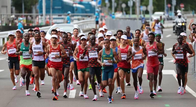 Daniel do Nascimento chegou a liderar a maratona da Olimpíada de Tóquio