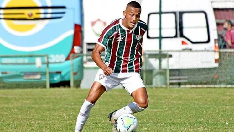 Daniel Lima - lateral-direito - 21 anos - contrato até 31/12/2022