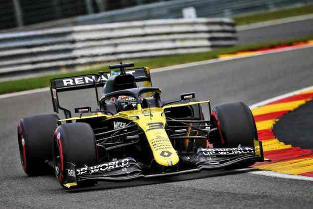 Daniel Ricciardo acertou boa volta e ficou 0s048 atrás de Max Verstappe