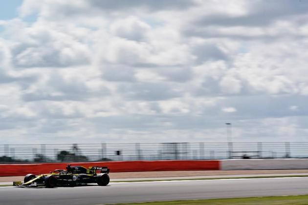 Daniel Ricciardo conseguiu colocar a Renault na oitava posição do grid