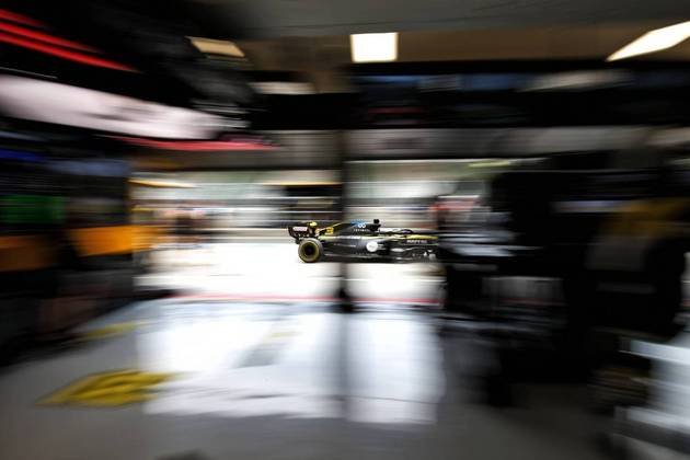 Daniel Ricciardo em ação no Hungaroring