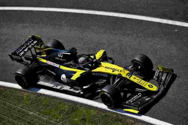 Daniel Ricciardo foi o melhor piloto da Renault na sexta-feira. Fechou o TL2 na nona posição