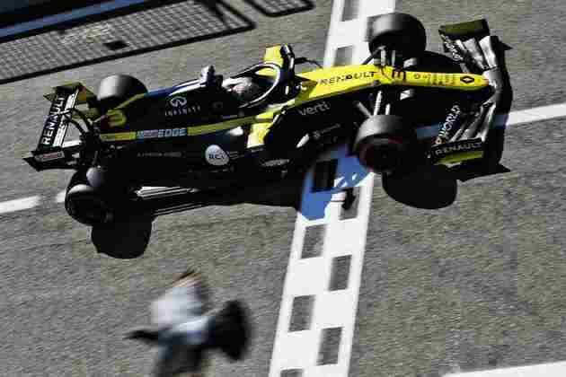 Daniel Ricciardo larga em sétimo no GP da Itália