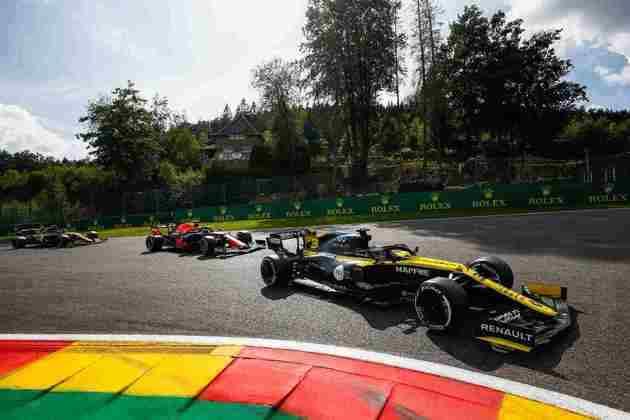 Daniel Ricciardo manteve a posição de largada e terminou em quarto
