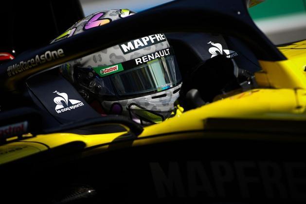 Daniel Ricciardo não repetiu o bom desempenho dos treinos livres e sai apenas em 13º