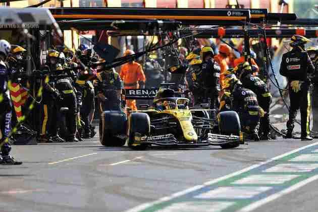 Daniel Ricciardo novamente bateu na trave e quase conseguiu um pódio