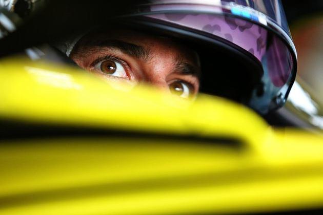 Daniel Ricciardo novamente superou o companheiro de time na classificação