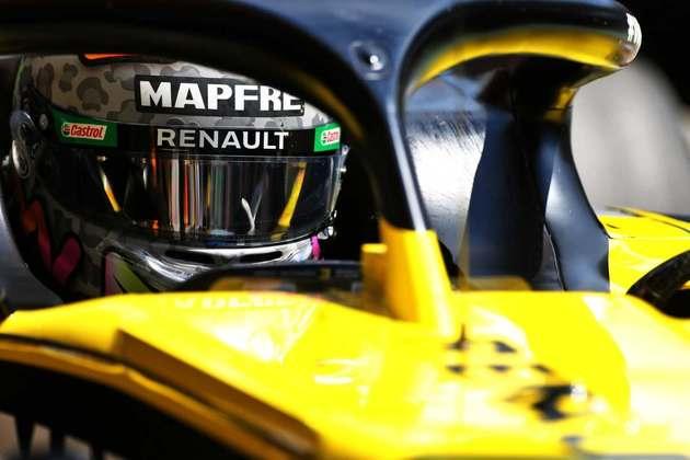 Daniel Ricciardo precisou abortar volta rápida no Q3 por causa de bandeira amarela, então sai em décimo