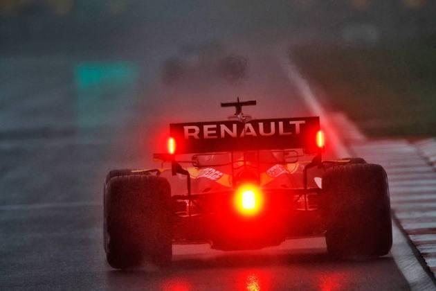 Daniel Ricciardo terá apenas Racing Point e Red Bull na frente.