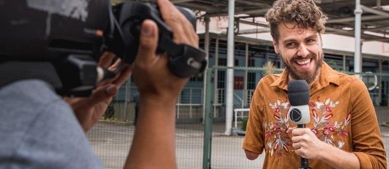 Daniel Rosinha, que se apresenta como Daniel Toco, estreia no Domingo Espetacular deste final de semana (26)