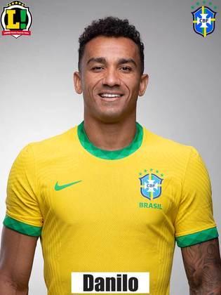 Danilo - 6,0 - Sofreu com as investidas de Mena e pouco ofereceu ao time no primeiro tempo. Em uma das poucas vezes em que avançou pelo corredor direito, na segunda etapa, iniciou a jogada do gol de Éverton Ribeiro.
